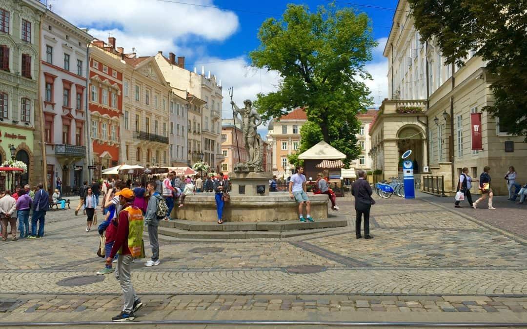 В чому різниця між польською і українською мовами?