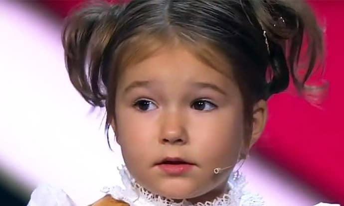 Как 4-летняя девочка изучила 7 языков?